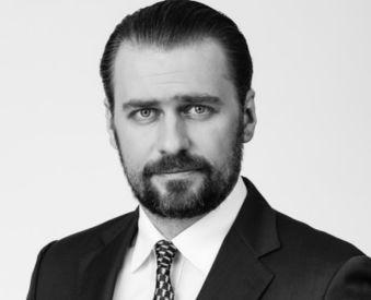 adw. Marek Kowalski